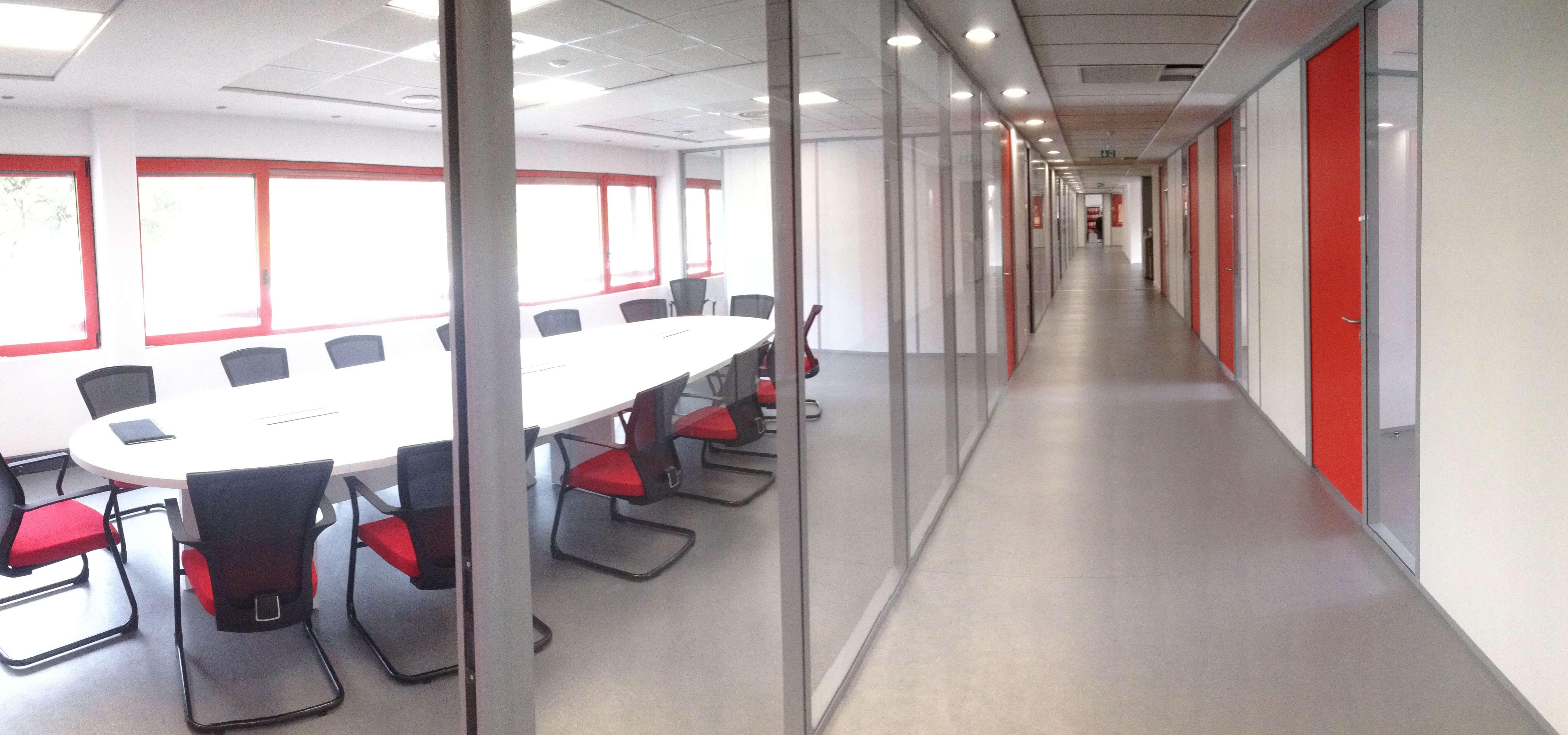 Transfix - Nos réalisations - Imagine - Aménagement d'espaces de travail - PACA